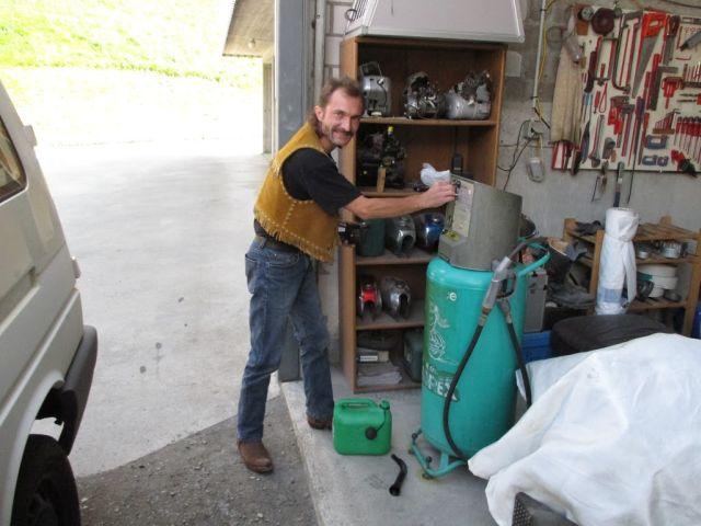Red Bull Kühlschrank Zapfsäule Groß : Red bull kühlschrank tanksäule: zapfsäule willhaben. werbung für